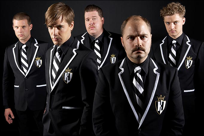 1.TheHives1